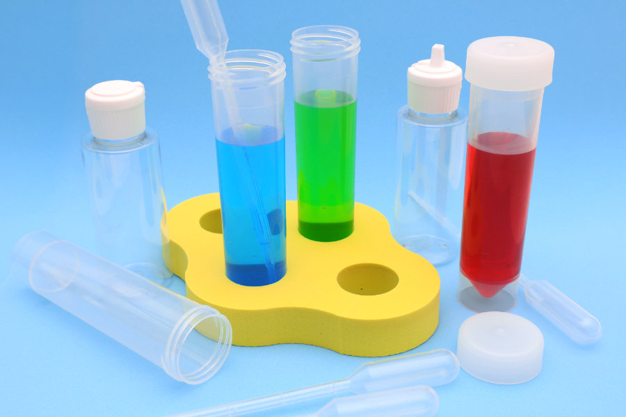 Laboratory kit for experiments